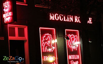 רחוב החלונות האדומים - Red Light District
