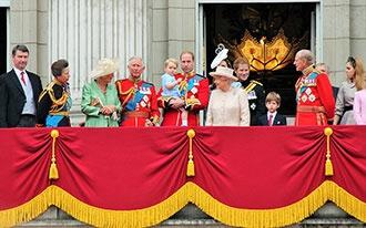 מלכת אנגליה חוגגת 60 שנות מלוכה