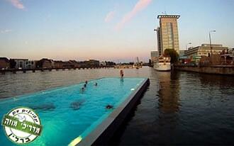 חוף הים של ברלין - Badeschiff